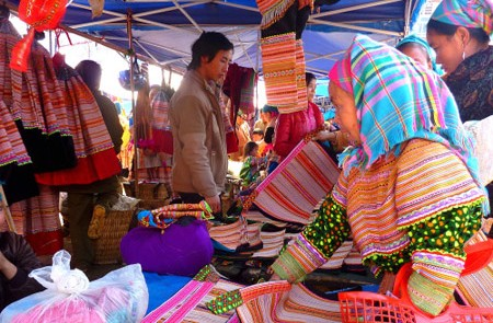 Sapa - Bac Ha 3 nights 2 days by train