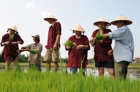 Hoi An Ancient Town Tour 03 - Rice Show - Half day