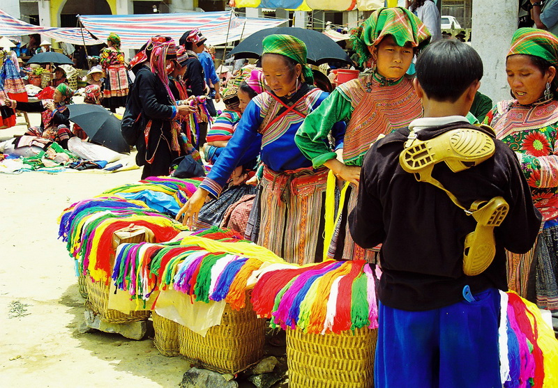 Sapa - Bac Ha 4 nights 3 days by train